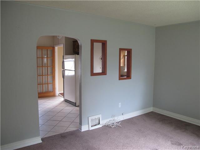 Photo 9: Photos:  in Winnipeg: East Kildonan Residential for sale (3D)  : MLS®# 1621534