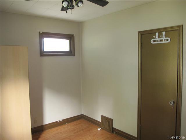 Photo 13: Photos:  in Winnipeg: East Kildonan Residential for sale (3D)  : MLS®# 1621534