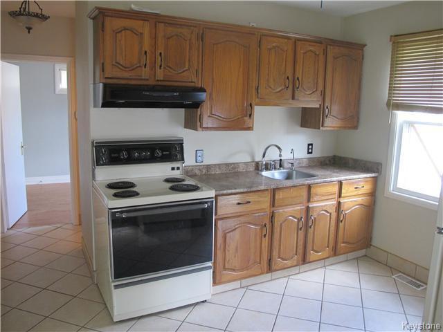 Photo 5: Photos:  in Winnipeg: East Kildonan Residential for sale (3D)  : MLS®# 1621534