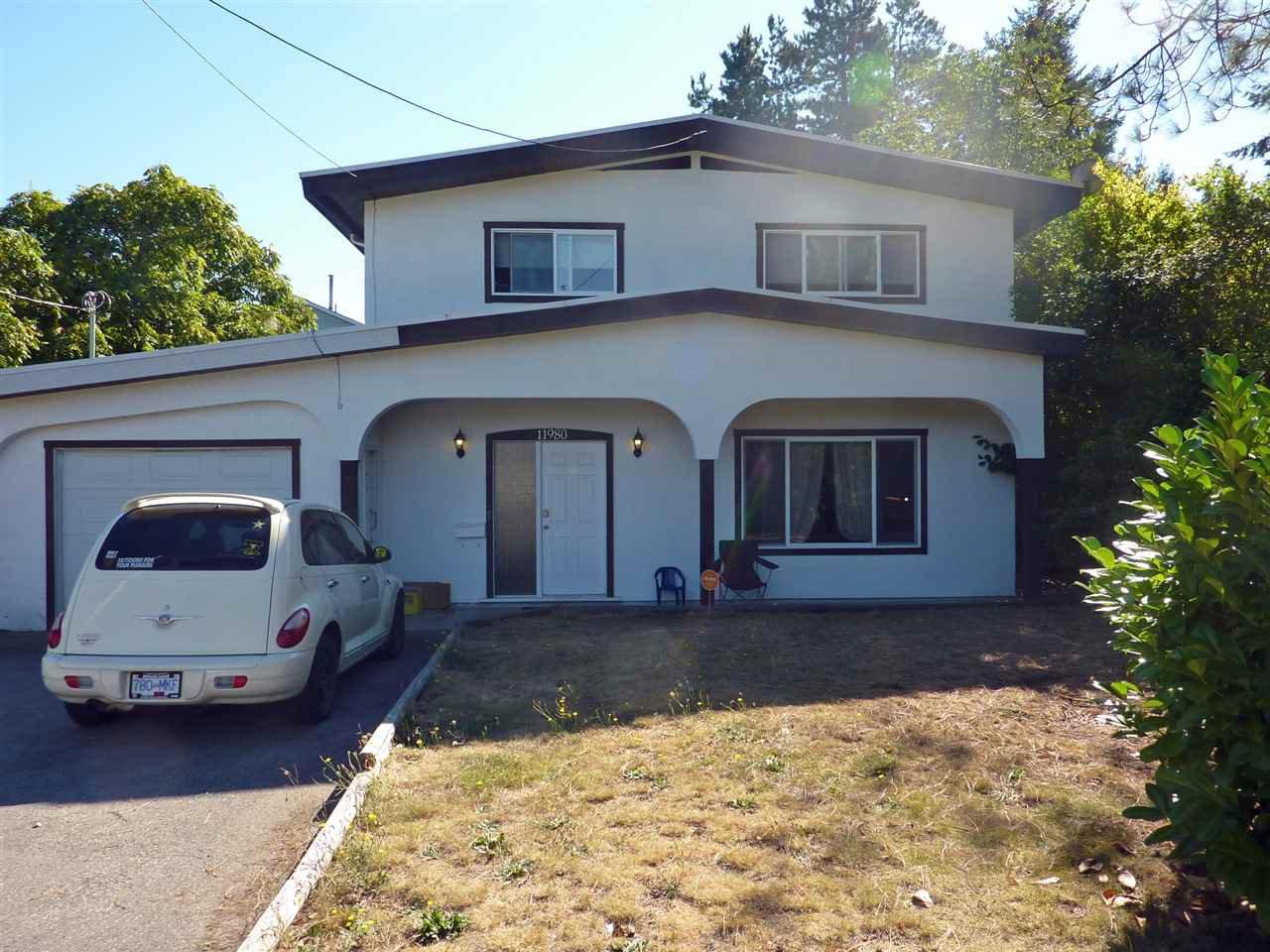 Main Photo: 11980 GLENHURST Street in Maple Ridge: Cottonwood MR House for sale : MLS®# R2102386
