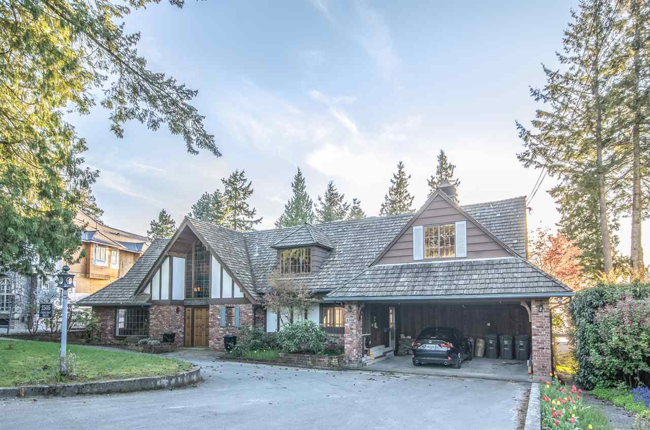 """Main Photo: 2505 CRESCENT Drive in Surrey: Crescent Bch Ocean Pk. House for sale in """"Crescent Beach / Ocean Park"""" (South Surrey White Rock)  : MLS®# R2159169"""