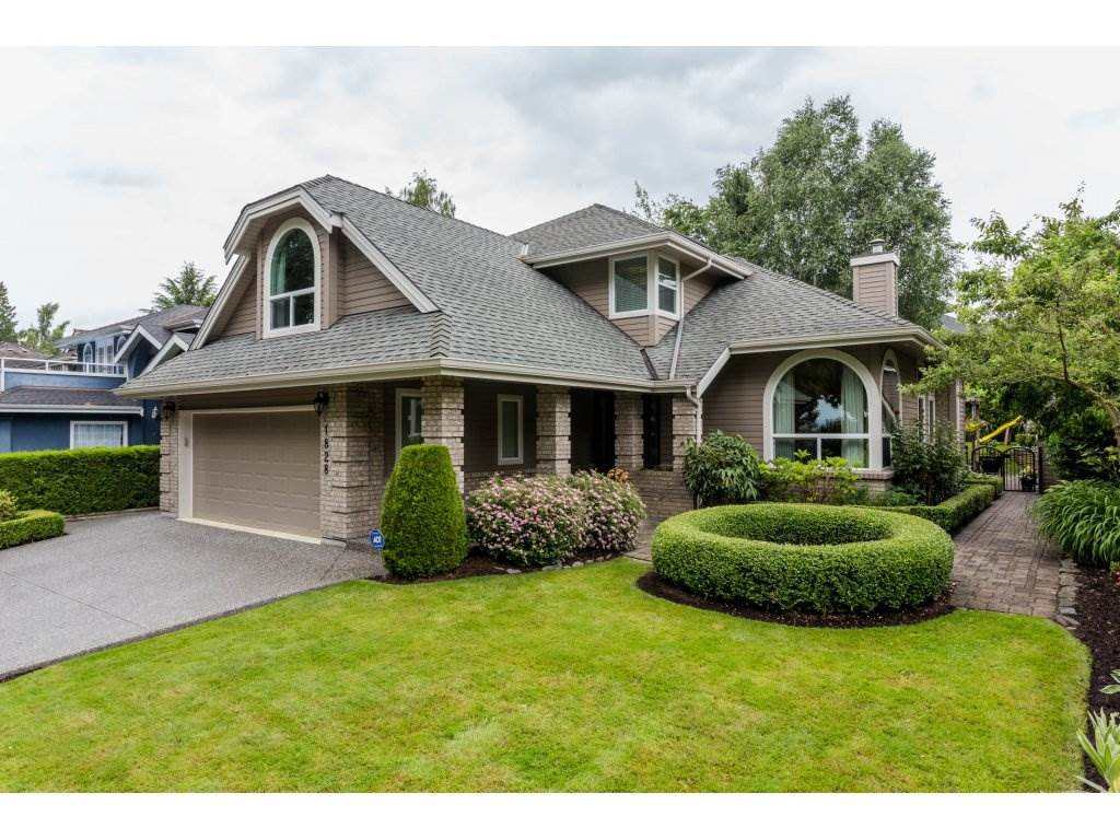"Main Photo: 1828 OCEAN PARK Road in Surrey: Crescent Bch Ocean Pk. House for sale in ""TRILLIUM"" (South Surrey White Rock)  : MLS®# R2176159"