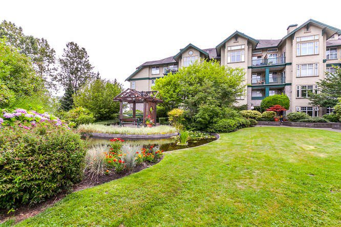 """Main Photo: 302 83 STAR Crescent in New Westminster: Queensborough Condo for sale in """"Residences by the River"""" : MLS®# R2189977"""