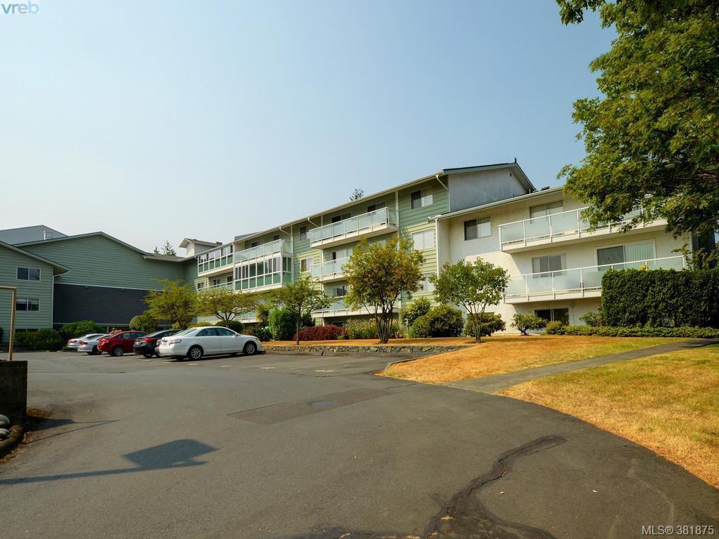 Main Photo: 402 1490 Garnet Road in VICTORIA: SE Cedar Hill Condo Apartment for sale (Saanich East)  : MLS®# 381875