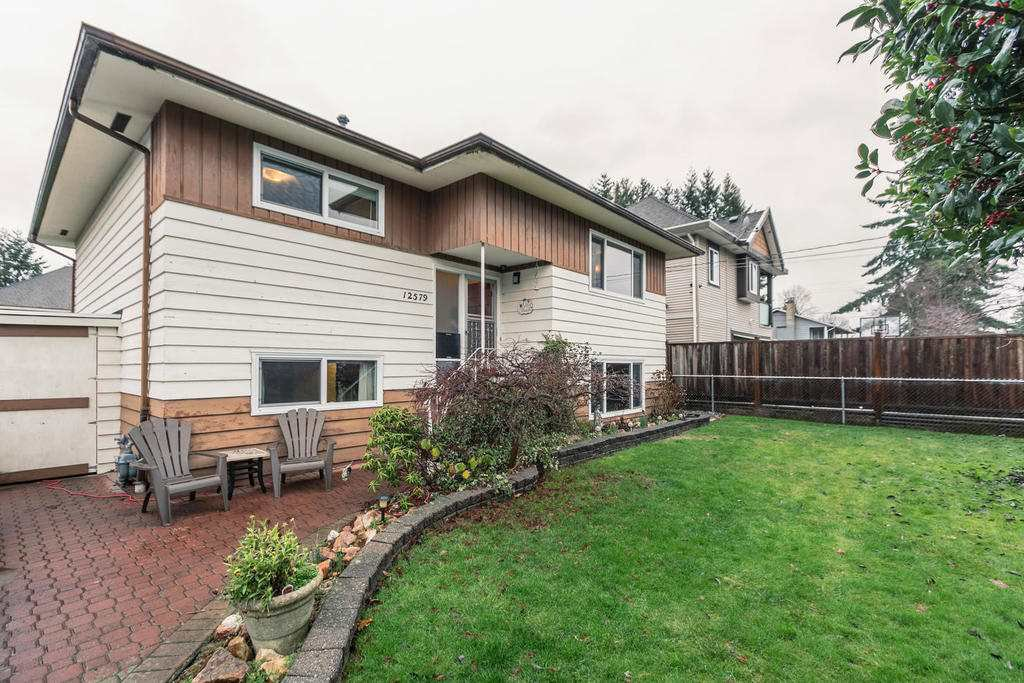 Main Photo: 12579 97 Avenue in Surrey: Cedar Hills House for sale (North Surrey)  : MLS®# R2225806