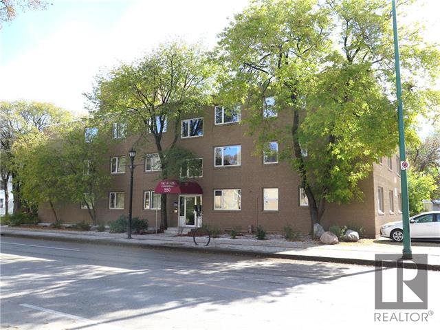 Main Photo: 3 550 Corydon Avenue in Winnipeg: Crescentwood Condominium for sale (1B)  : MLS®# 1827271