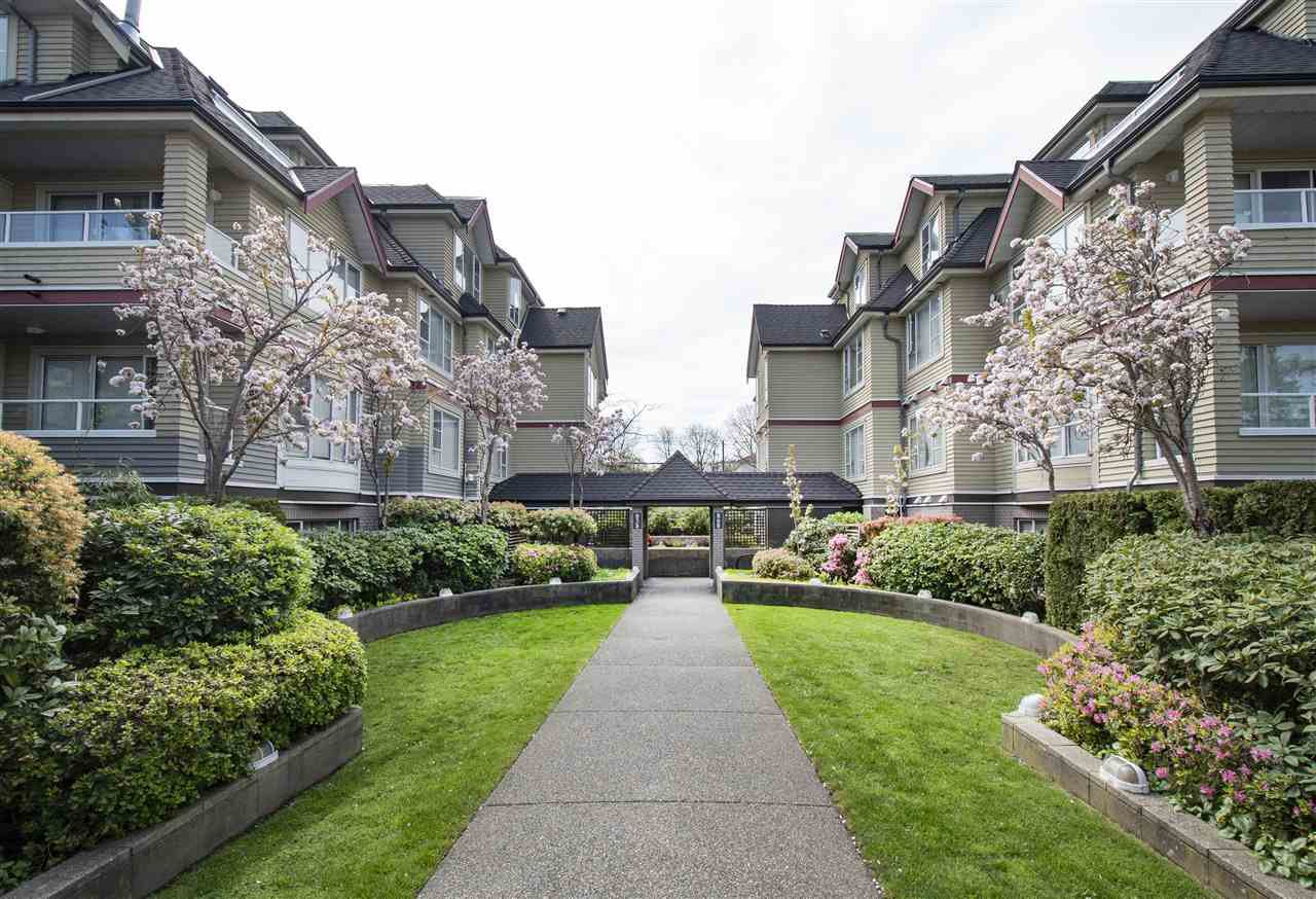 "Main Photo: 403 838 W 16TH Avenue in Vancouver: Cambie Condo for sale in ""Willow Springs"" (Vancouver West)  : MLS®# R2364317"