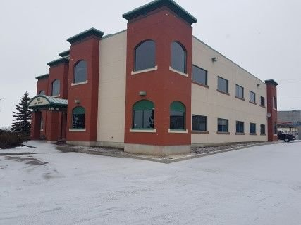 Main Photo: 9 64 Riel Drive: St. Albert Office for lease : MLS®# E4159040