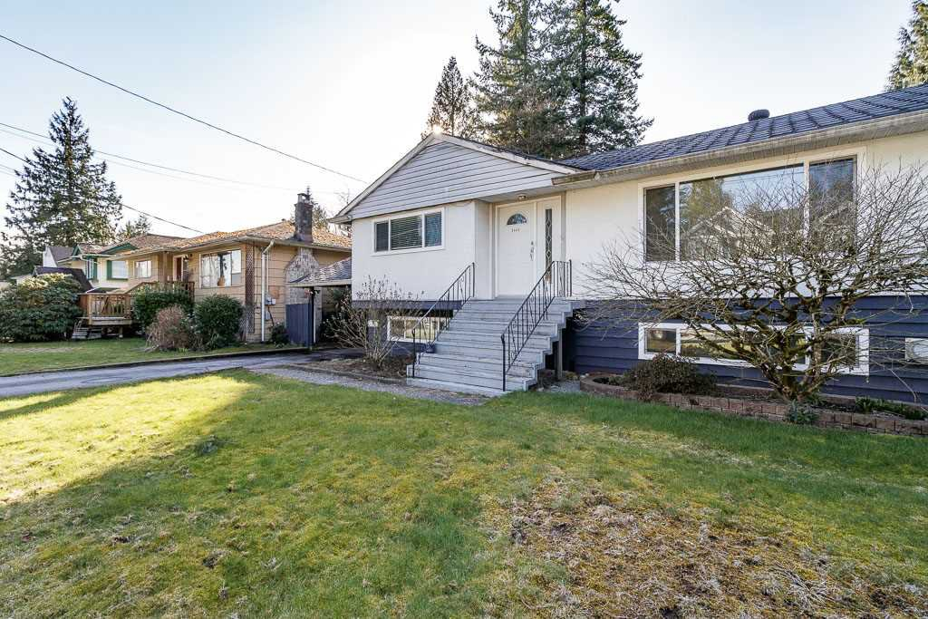 Main Photo: 3443 RALEIGH Street in Port Coquitlam: Woodland Acres PQ House for sale : MLS®# R2443261