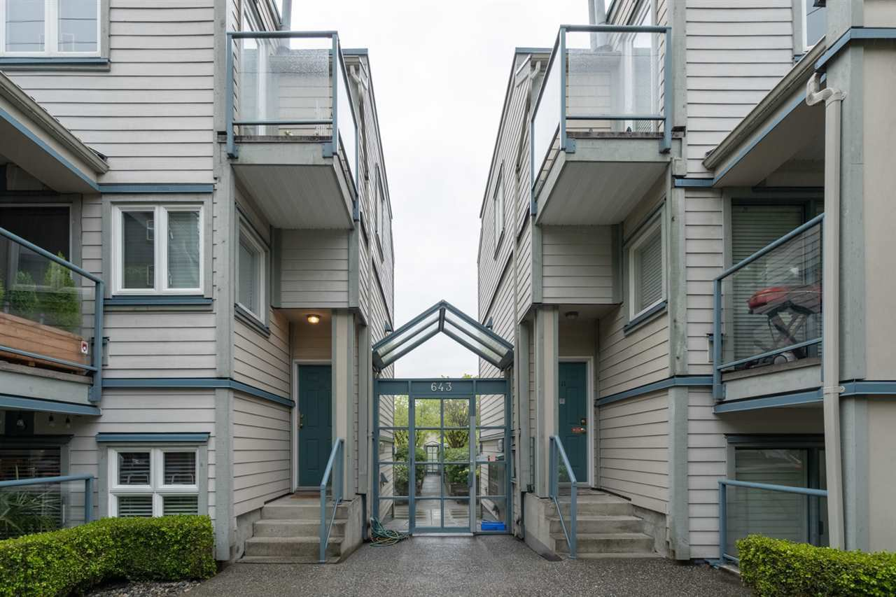 "Main Photo: 107 643 W 7TH Avenue in Vancouver: Fairview VW Condo for sale in ""COURTYARDS"" (Vancouver West)  : MLS®# R2451739"