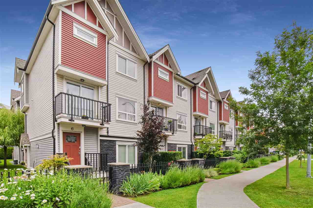 "Main Photo: 5 14177 103 Avenue in Surrey: Whalley Townhouse for sale in ""The Maple"" (North Surrey)  : MLS®# R2470471"