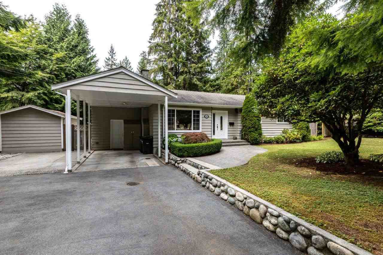 Main Photo: 2281 CHAPMAN WAY in North Vancouver: Seymour NV House for sale : MLS®# R2490017