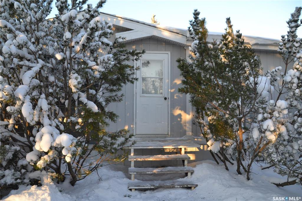 Main Photo: 1123 1st Avenue in Raymore: Residential for sale : MLS®# SK833903
