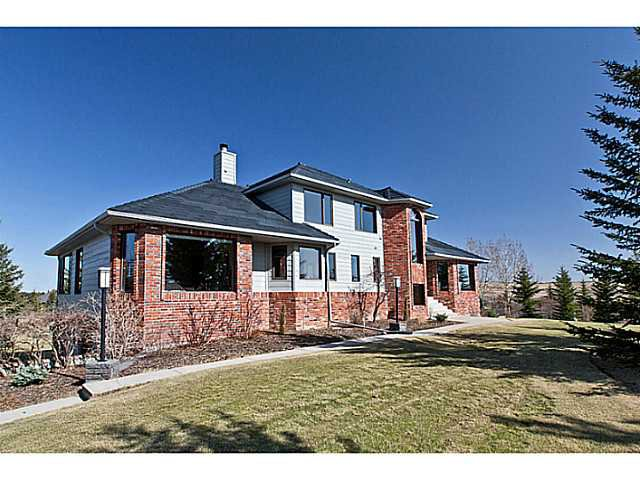 Main Photo: 79 WINDMILL Way in CALGARY: Rural Rocky View MD Residential Detached Single Family for sale : MLS®# C3614011