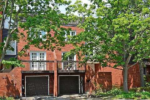 Main Photo: 1241 Cornerbrook Place in Mississauga: Erindale House (3-Storey) for sale : MLS®# W2923195