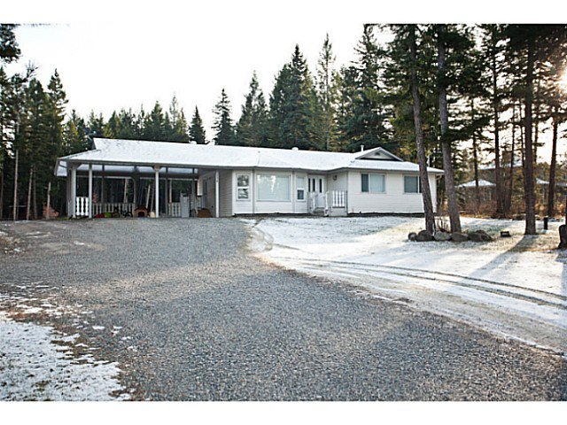"Main Photo: 130 BORLAND Drive: 150 Mile House House for sale in ""BORLAND VALLEY"" (Williams Lake (Zone 27))  : MLS®# N241052"