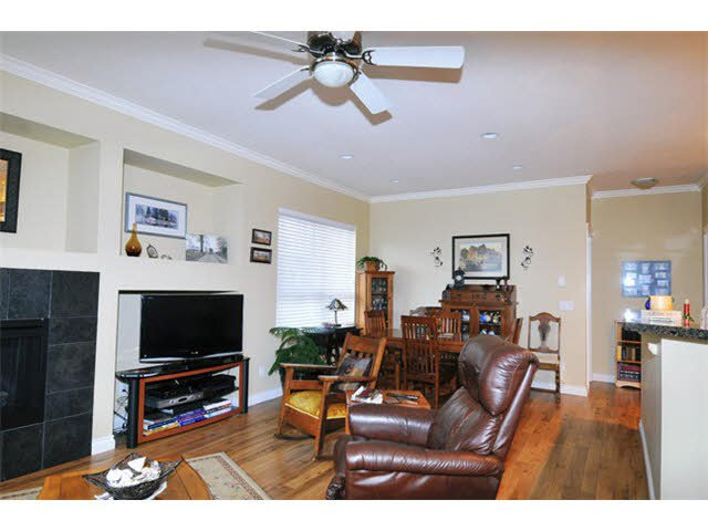 """Photo 5: Photos: 104 12090 227TH Street in Maple Ridge: East Central Condo for sale in """"FALCON PLACE"""" : MLS®# V1099703"""