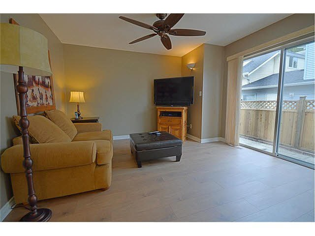 """Photo 7: Photos: 8 19236 119TH Avenue in Pitt Meadows: Central Meadows Townhouse for sale in """"WILLOW PARK"""" : MLS®# V1118035"""
