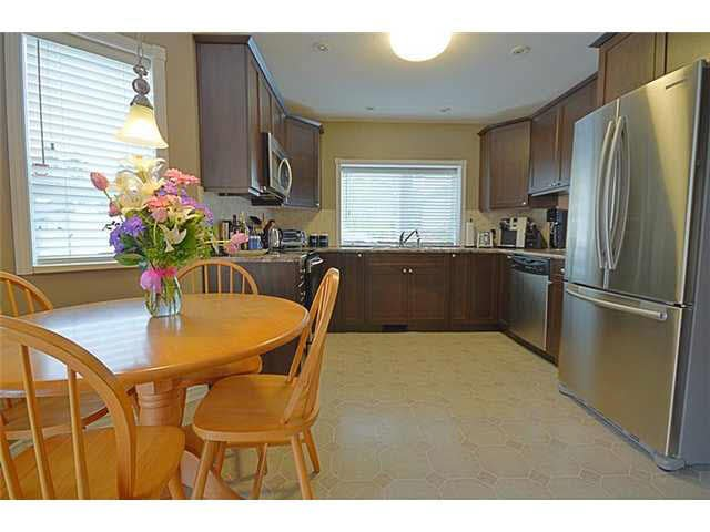 """Photo 6: Photos: 8 19236 119TH Avenue in Pitt Meadows: Central Meadows Townhouse for sale in """"WILLOW PARK"""" : MLS®# V1118035"""