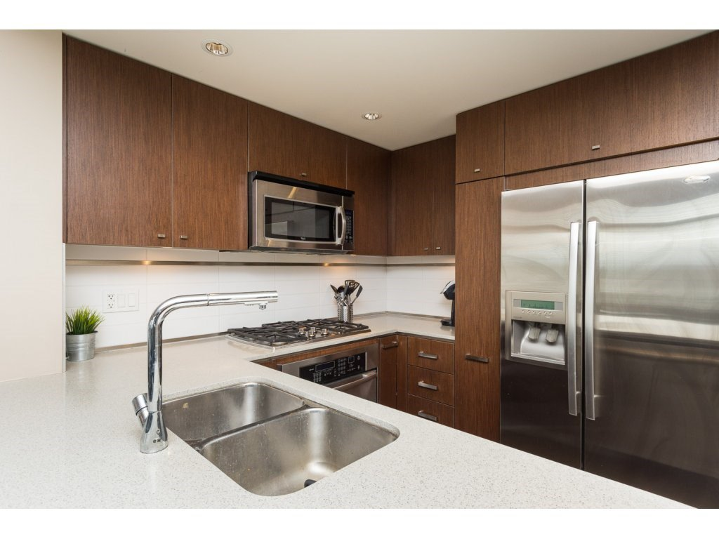 "Photo 8: Photos: 408 2950 KING GEORGE Boulevard in Surrey: Elgin Chantrell Condo for sale in ""HIGH STREET"" (South Surrey White Rock)  : MLS®# R2088792"