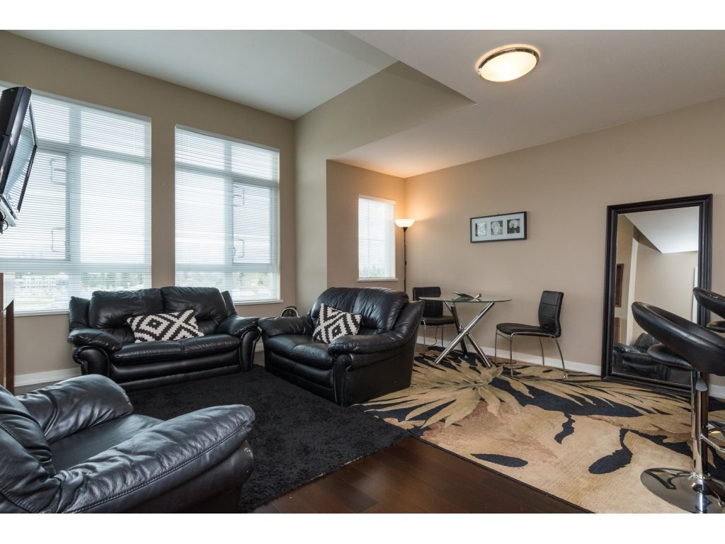 "Photo 3: Photos: 408 2950 KING GEORGE Boulevard in Surrey: Elgin Chantrell Condo for sale in ""HIGH STREET"" (South Surrey White Rock)  : MLS®# R2088792"