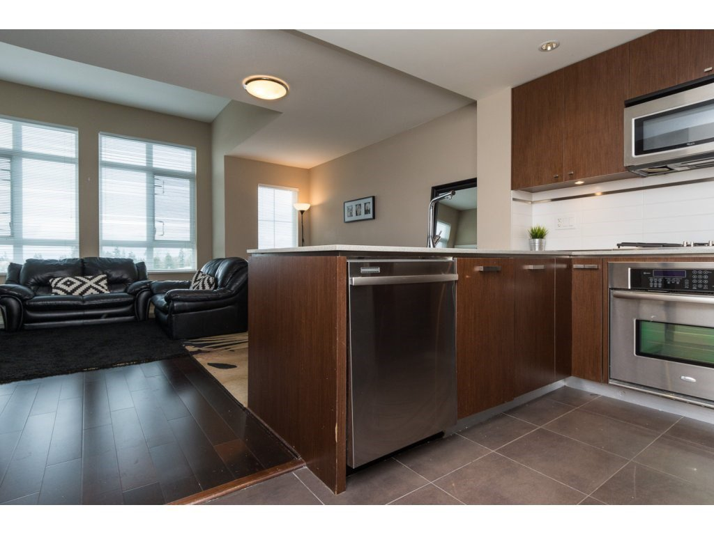 "Photo 11: Photos: 408 2950 KING GEORGE Boulevard in Surrey: Elgin Chantrell Condo for sale in ""HIGH STREET"" (South Surrey White Rock)  : MLS®# R2088792"