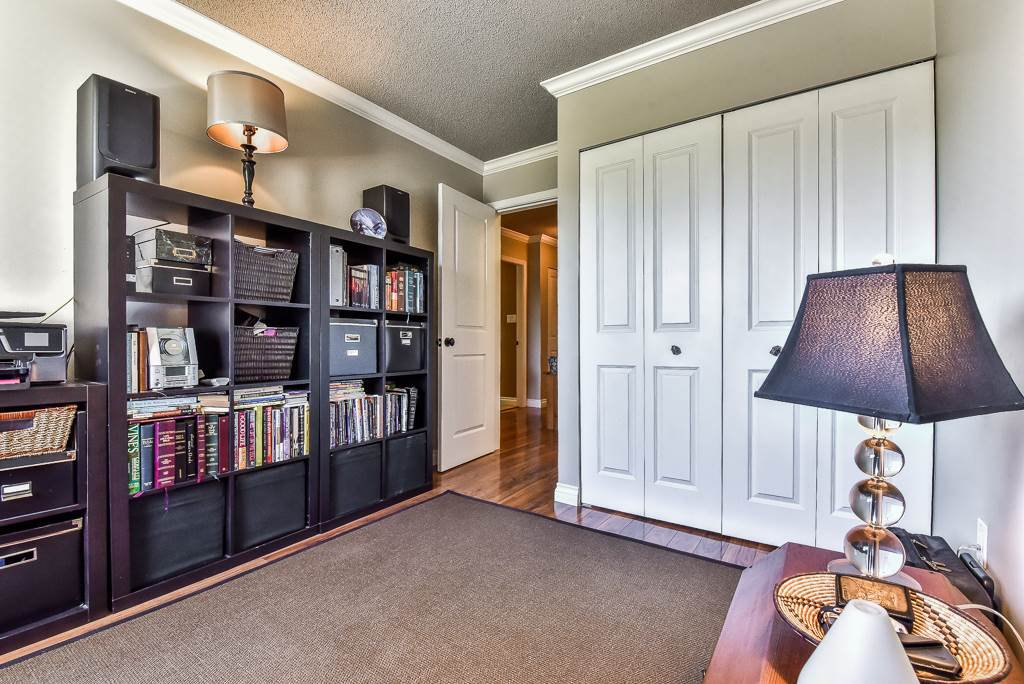 """Photo 18: Photos: 349 2821 TIMS Street in Abbotsford: Abbotsford West Condo for sale in """"Parkview Place"""" : MLS®# R2169697"""