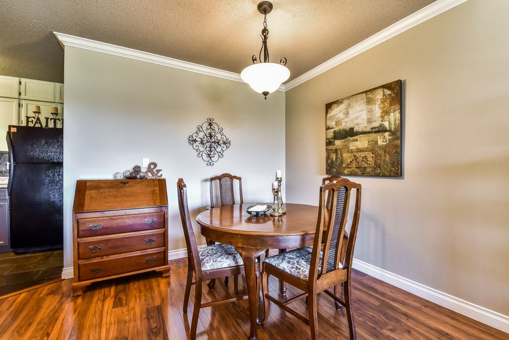 """Photo 6: Photos: 349 2821 TIMS Street in Abbotsford: Abbotsford West Condo for sale in """"Parkview Place"""" : MLS®# R2169697"""