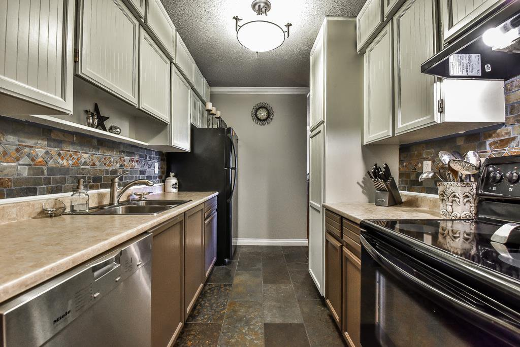 """Photo 8: Photos: 349 2821 TIMS Street in Abbotsford: Abbotsford West Condo for sale in """"Parkview Place"""" : MLS®# R2169697"""