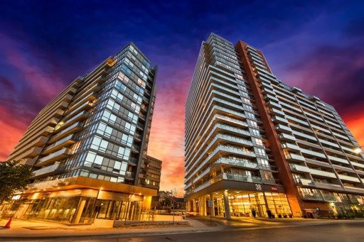Main Photo: 718 38 Joe Shuster Way in Toronto: Niagara Condo for sale (Toronto C01)  : MLS®# C3819908