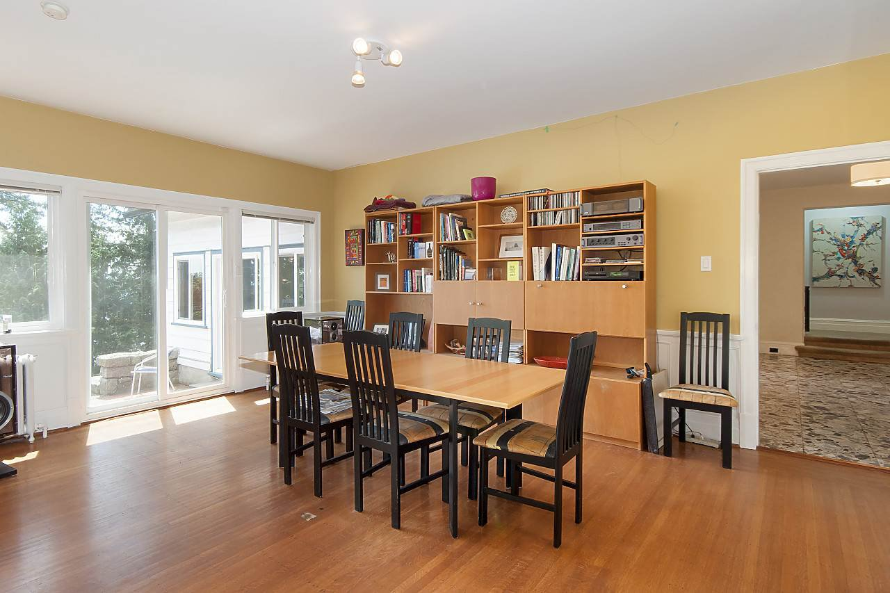 Photo 10: Photos: 4670 PICCADILLY SOUTH Road in West Vancouver: Olde Caulfeild House for sale : MLS®# R2185286