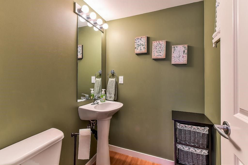 """Photo 15: Photos: 62 6651 203RD Street in Langley: Willoughby Heights Townhouse for sale in """"SUNSCAPE"""" : MLS®# R2217088"""
