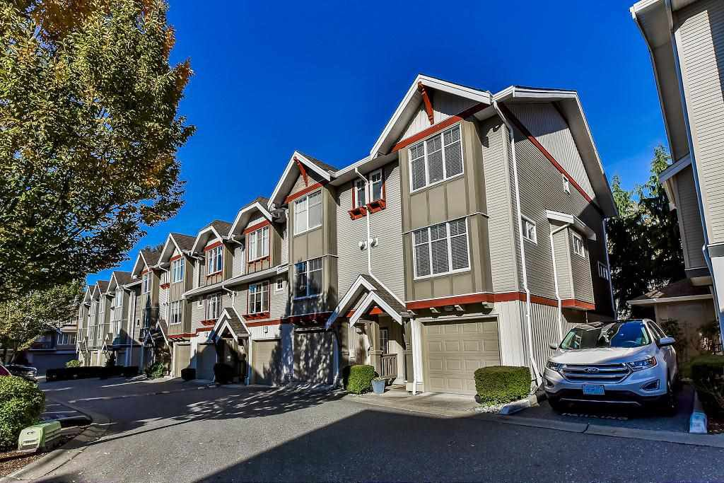 """Photo 2: Photos: 62 6651 203RD Street in Langley: Willoughby Heights Townhouse for sale in """"SUNSCAPE"""" : MLS®# R2217088"""