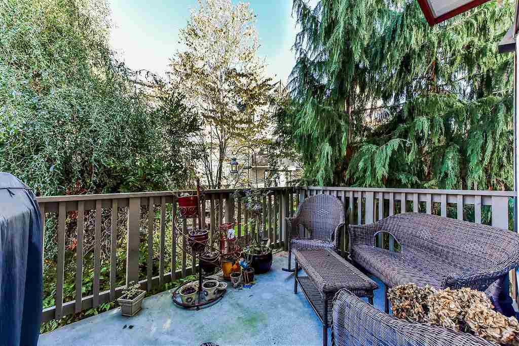 """Photo 5: Photos: 62 6651 203RD Street in Langley: Willoughby Heights Townhouse for sale in """"SUNSCAPE"""" : MLS®# R2217088"""