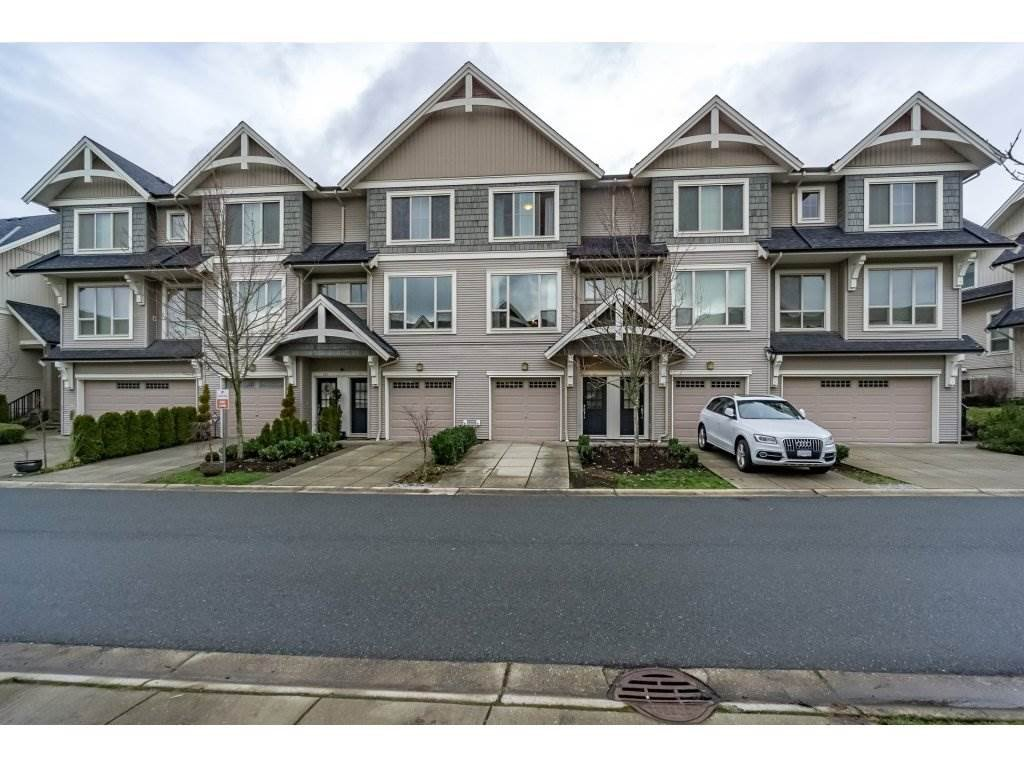"Main Photo: 219 3105 DAYANEE SPRINGS Boulevard in Coquitlam: Westwood Plateau Townhouse for sale in ""WHITETAIL LANE"" : MLS®# R2231129"