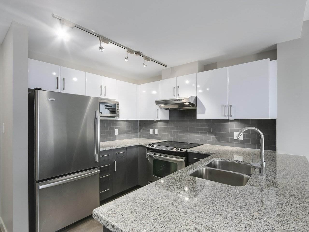 """Main Photo: 807 14 BEGBIE Street in New Westminster: Quay Condo for sale in """"INTERURBAN"""" : MLS®# R2265140"""