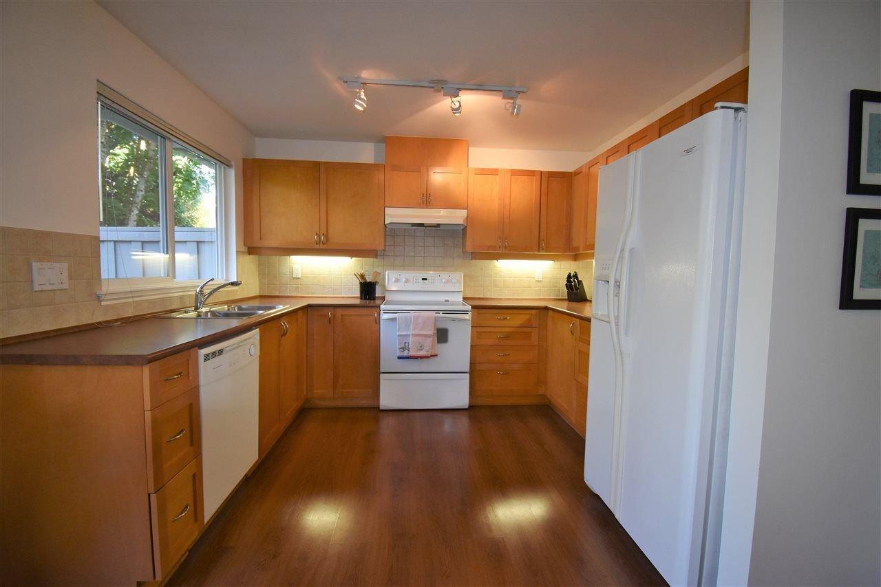 "Photo 3: Photos: 17 23343 KANAKA Way in Maple Ridge: Cottonwood MR Townhouse for sale in ""Cottonwood Grove"" : MLS®# R2311042"
