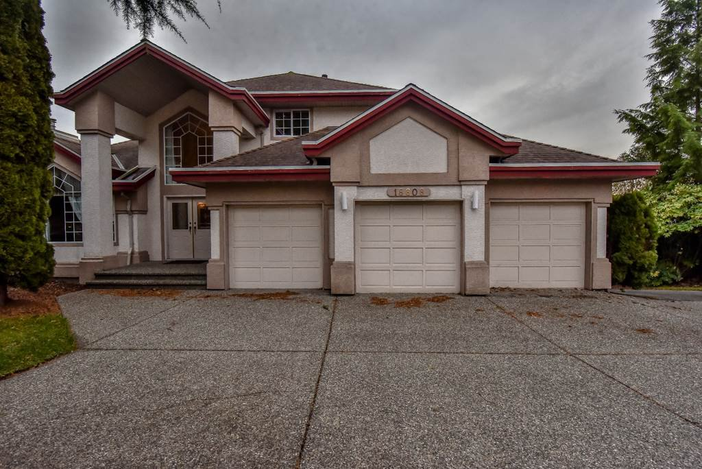 """Main Photo: 18608 54 Avenue in Surrey: Cloverdale BC House for sale in """"Hunter Park"""" (Cloverdale)  : MLS®# R2328528"""