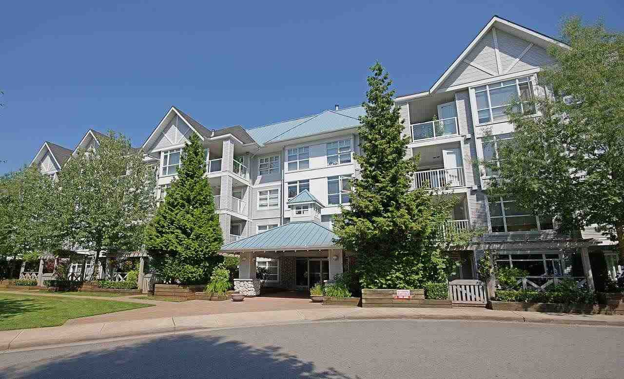 "Main Photo: 111 3148 ST JOHNS Street in Port Moody: Port Moody Centre Condo for sale in ""SONRISA"" : MLS®# R2335347"