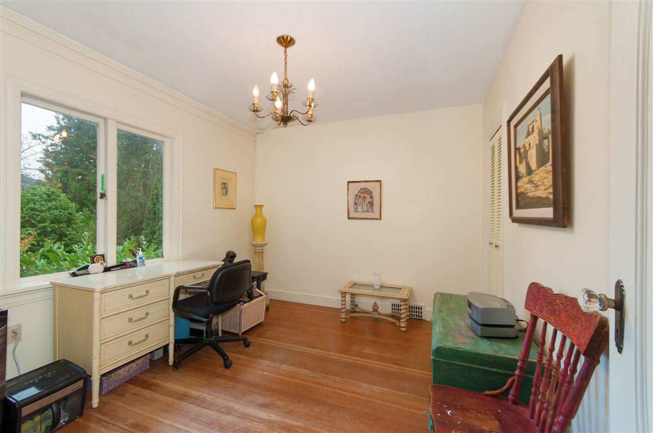 Photo 12: Photos: 4911 BLENHEIM Street in Vancouver: Dunbar House for sale (Vancouver West)  : MLS®# R2344653