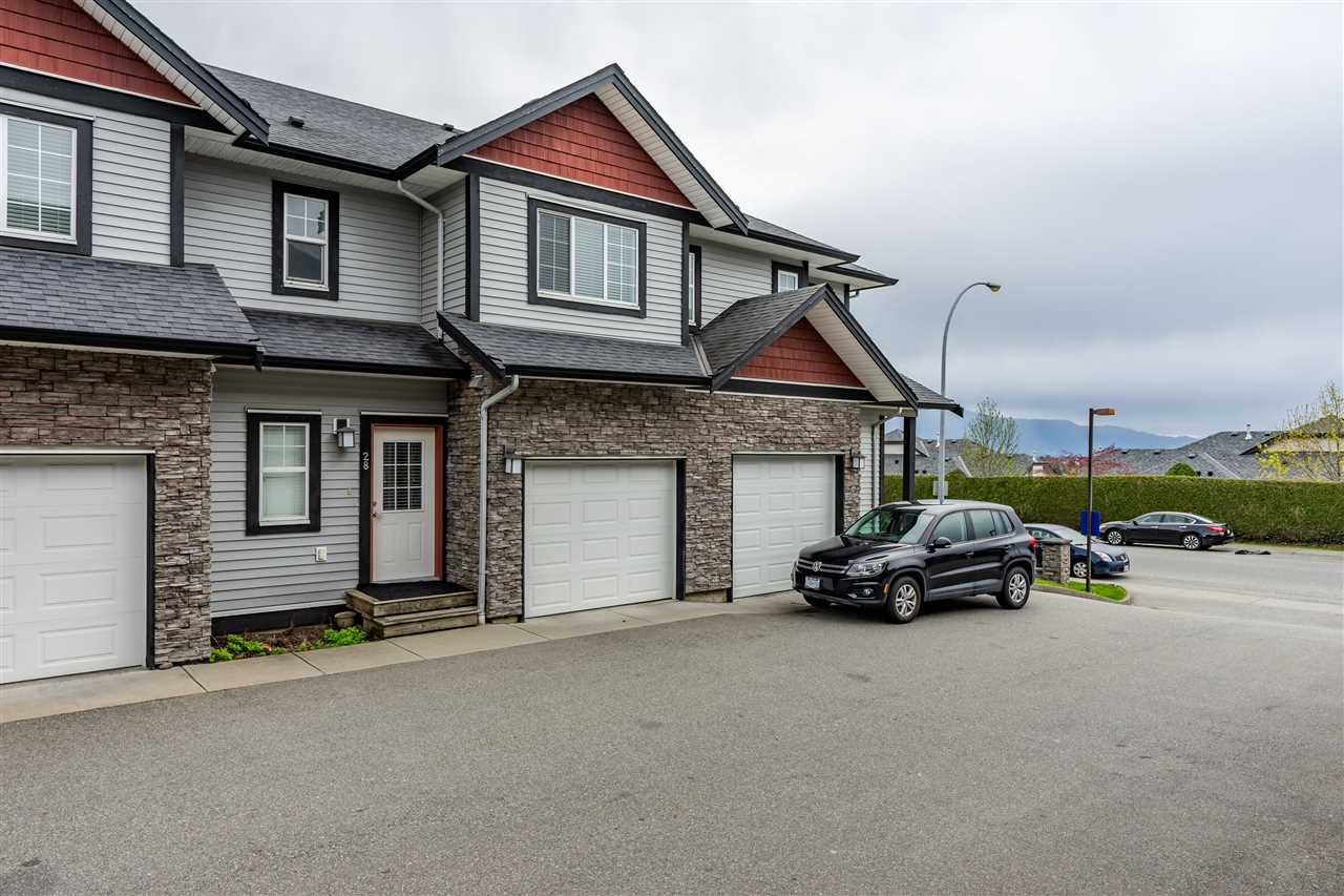 Main Photo: 28 31235 UPPER MACLURE Road in Abbotsford: Abbotsford West Townhouse for sale : MLS®# R2357902