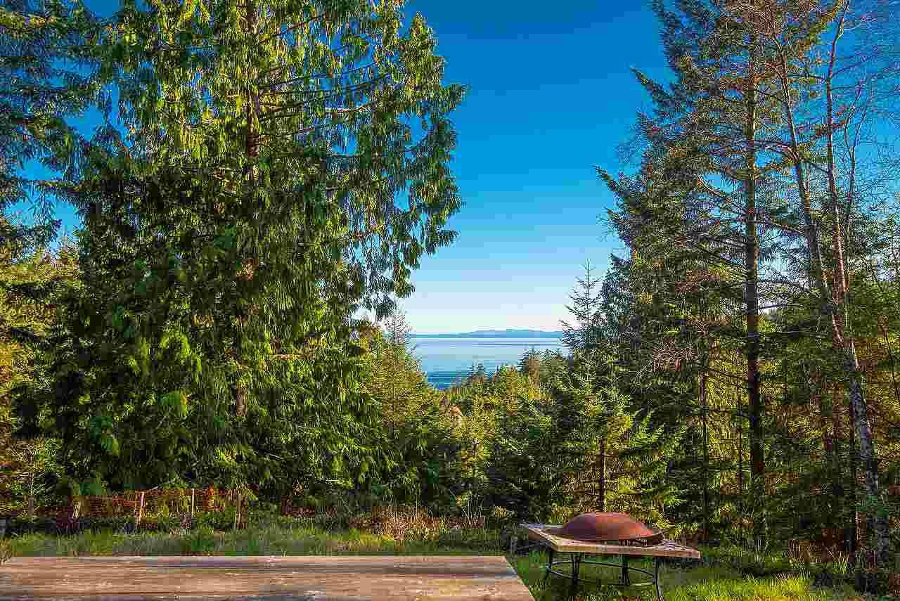 Main Photo: 347 AERIE TREE Lane: Bowen Island Land for sale : MLS®# R2369332