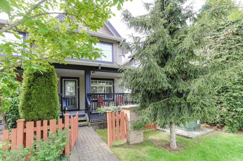 "Main Photo: 8 19448 68 Avenue in Surrey: Clayton Townhouse for sale in ""Nuovo"" (Cloverdale)  : MLS®# R2368911"