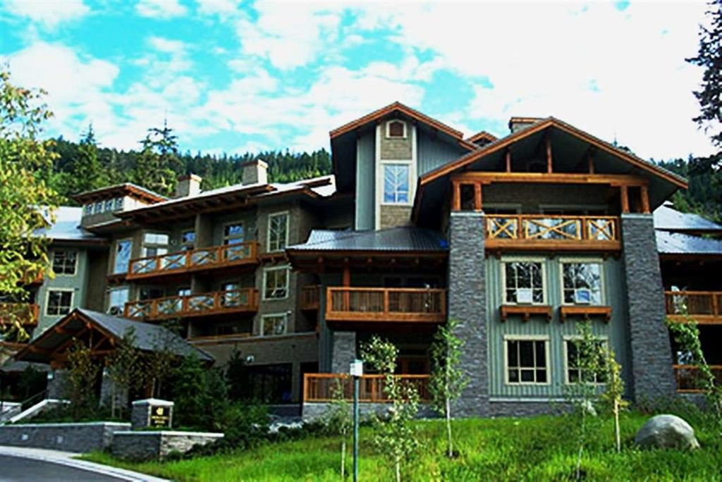 "Main Photo: 201 G4 4653 BLACKCOMB Way in Whistler: Benchlands Condo for sale in ""HORSTMAN HOUSE"" : MLS®# R2373370"