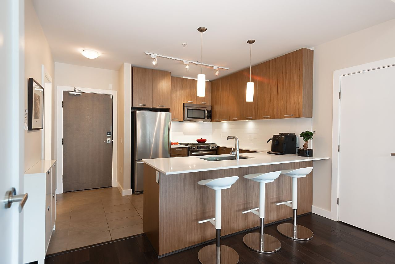 "Photo 12: Photos: 411 1182 W 16TH Street in North Vancouver: Norgate Condo for sale in ""The Drive 2"" : MLS®# R2376590"