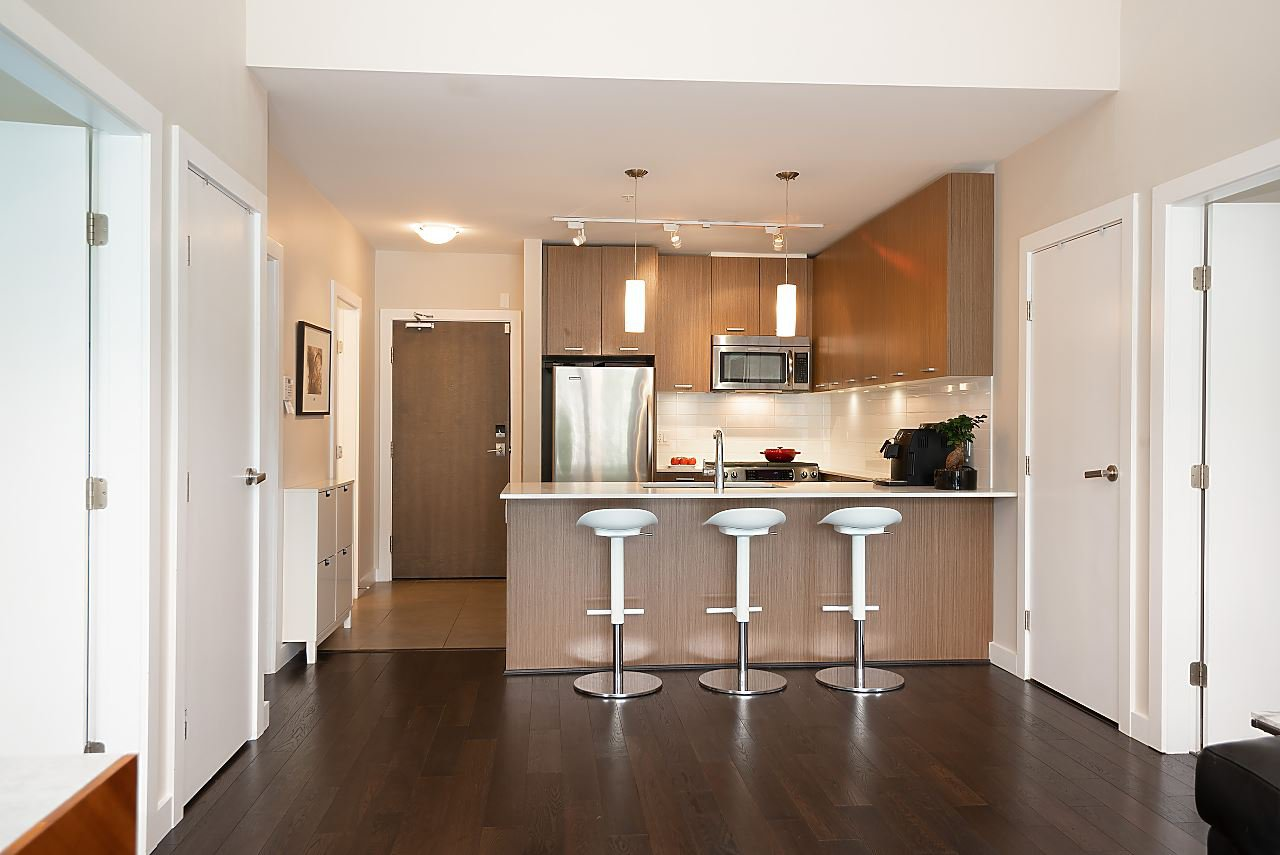 "Photo 11: Photos: 411 1182 W 16TH Street in North Vancouver: Norgate Condo for sale in ""The Drive 2"" : MLS®# R2376590"