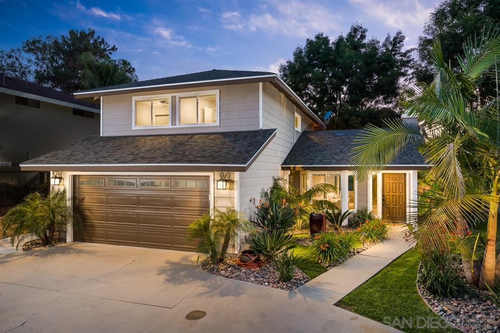 Main Photo: VISTA House for sale : 3 bedrooms : 972 Ashton Court