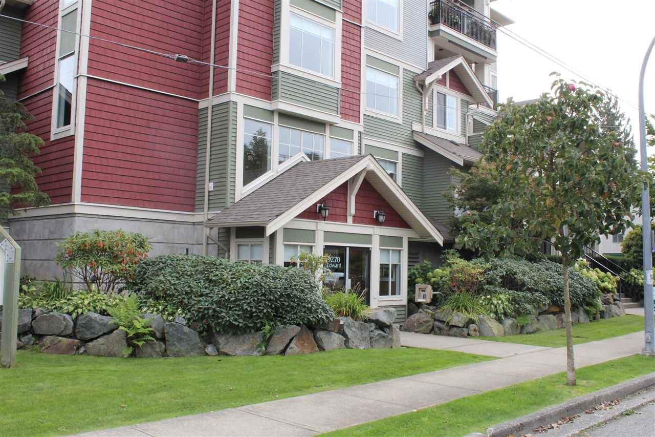 "Main Photo: 407 9270 EDWARD Street in Chilliwack: Chilliwack W Young-Well Condo for sale in ""The FAIRMONT on Edward"" : MLS®# R2408566"