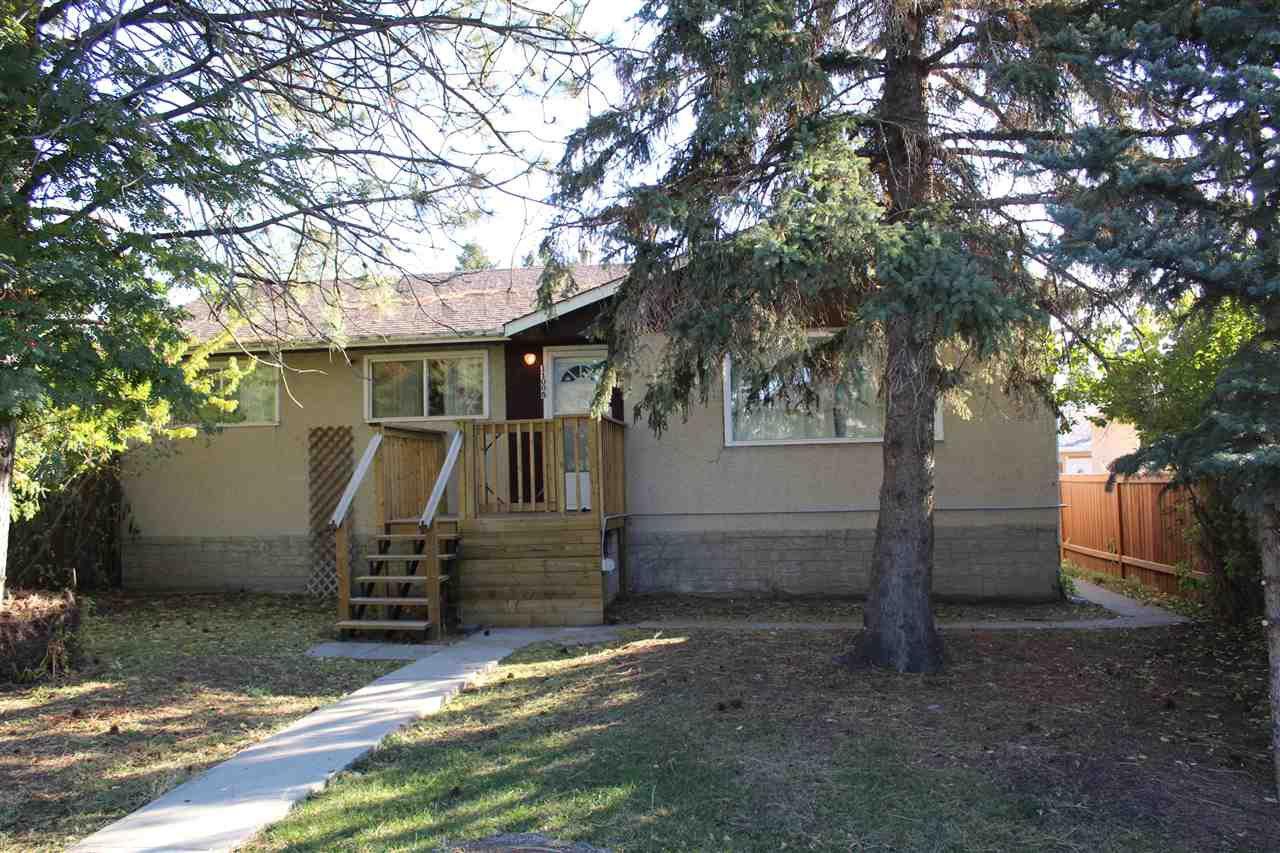Main Photo: 11005 155 Street in Edmonton: Zone 21 House for sale : MLS®# E4176923