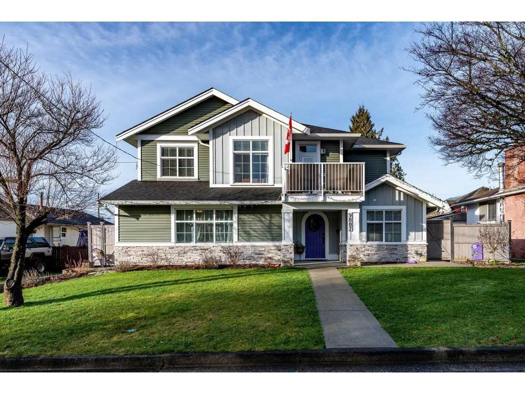Main Photo: 9807 HARRISON Street in Chilliwack: Chilliwack N Yale-Well House for sale : MLS®# R2433135